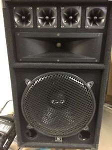 STANTON SCS 4DJ DIGITAL MIX STATION WITH 2 SPEAKERS AND STANDS