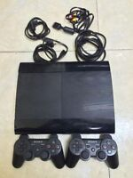 500GB PLAYSTATION 3 SUPER SLIM INCLUDES 2 CONTROLLERS + 2 GAMES