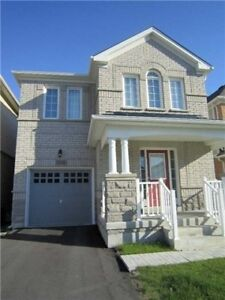 Beautiful 4 Bedrooms Detached House for Sale.