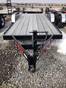 Majestik L260 18ft Straight Deck with Slide in Ramps