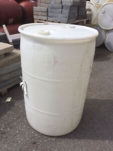 Used 52 Gallon Barrels with two top caps!