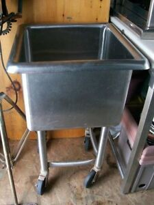 Restaurant Stainless steel sink, Butcher block, Meat clevers