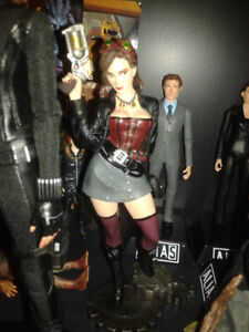 Diamond Select Toys Femme Fatales: Steam Punk Lexi PVC Statue