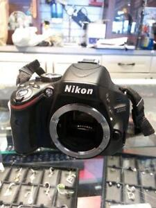 Nikon Digital DSLR. We Sell Used Cameras. (#41122)