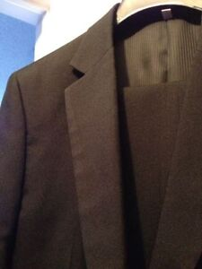 Men's Two Piece Suit from Le Chateau Kitchener / Waterloo Kitchener Area image 2