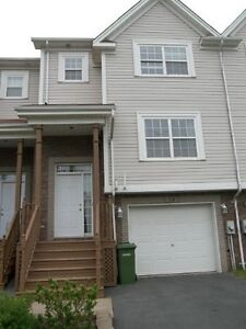 SPACIOUS 3 BEDROOM TOWNHOUSE IN PORTLAND HILLS DARTMOUTH!