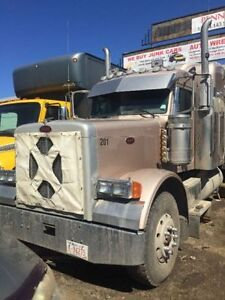 2007 Peterbilt 379 truck for sale with work Customer Base !