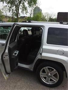 2008 Jeep Patriot fully loaded, leather seats, sun roof,alloy wh