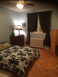 room for rent // house share west island