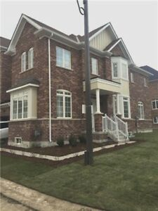 2 Story Townhouse for RENT on 16th Avenue/Markham Rd 4Bed 3Bath