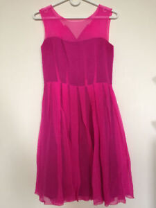 ******LE CHATEAU HOT PINK DRESS ONLY FOR $50*******