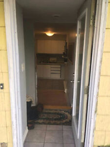 Room for Rent! Apr 27-May 1 Move in Date