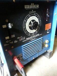 250 Amp Miller Dialarc AC DC Welder