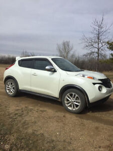 REDUCED- 2012 Nissan Juke Fully Loaded