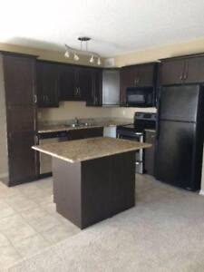 Room available in 3-bedroom Stonebridge townhouse