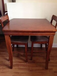 Pub Style Table with 2 chairs Cambridge Kitchener Area image 3