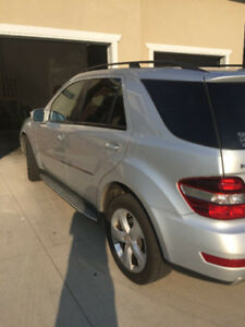 "2009 Mercedes-Benz M-Class ML 320 SUV ""REDUCED"""