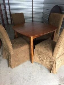 Square wood table with 4 chairs dining set London Ontario image 1