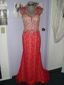 AlterationsWEDDING/BRIDESMAID DRESSES at A FRACTION OF THE COST