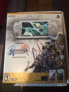 PSP LIMITED EDITION FINAL FANTASY DISSIDIA WITH MOVIE & GAME