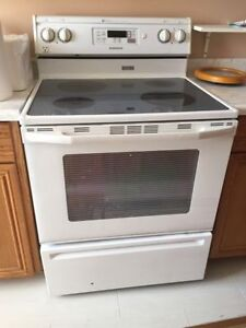 Maytag glass top stove - great condition