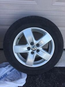 2 Year old Volkswagen Alloys with Almost new Pirellis