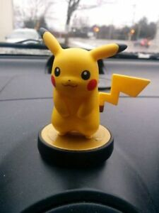 Pikachu Amiibo.