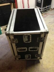 Clydesdale Amp Road Case with 8 space rack.