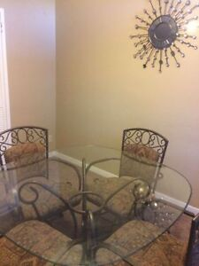 Absolutely Beautiful Pier 1 Dining Set