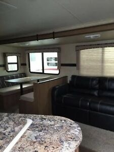 Shadow Cruiser 280QBS With Bunkhouse