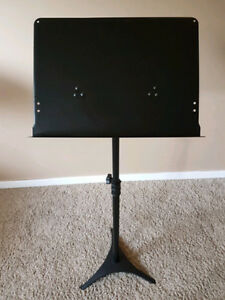 Fully adjustable professional black metal music stand