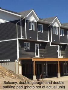401 ATHABSCA AVE #719 | Rare END unit on Greenbelt.