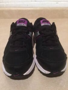 Youth Nike Dart 10 Running Shoes Size 5 Y London Ontario image 5