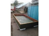 Fishing boat / pontoon / platform