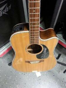 Takamine Electric Acoustic Guitar. We Buy and Sell Used Musical Instruments. 100706 CH626404