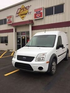 2010 Ford Transit Connect XLT Minivan, Van