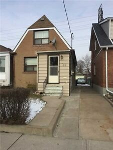 Cozy Estate On Sale! 2 Bedroom Detached Home With 2 Baths