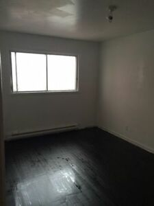 5 and half for rent in Lasalle ASAP West Island Greater Montréal image 9