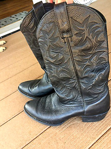 Mens Ariat Cowboy Boots- Price Reduced!!!