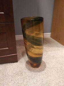 Large decorative vase. Kitchener / Waterloo Kitchener Area image 1