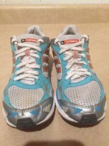 Women's Adidas adiZero Running Shoes Size 9.5 London Ontario image 4
