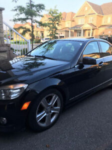 2010 Mercedes-Benz C-Class 300,4 Matic, Leather, sunroof