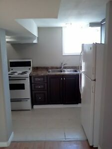 CLOSE TO DOWNTOWN - 1 Bedroom - Available January 1st Kitchener / Waterloo Kitchener Area image 5