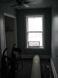 GREAT ROOM IN A GREAT LOCATION !!!!!! Peterborough Peterborough Area image 4