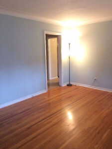6 rooms available in a student house - Harrison Ave
