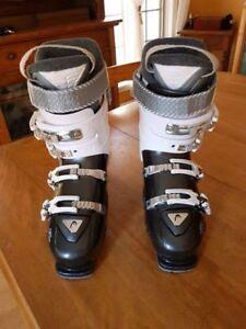 Head Ski Boots 10.5 / Bottes de Ski Head 10.5