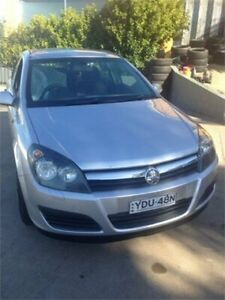 2005 Holden Astra AH CD Silver 4 Speed Automatic Hatchback Wentworthville Parramatta Area Preview
