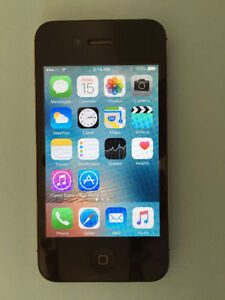 Bell iPhone 4s, 32GB lots of extras