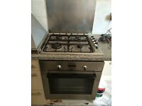 Zanussi gas hob and hood in very good condition