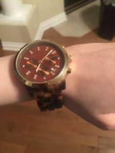 **excellent condition Michael Kors watch**